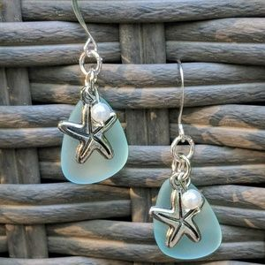 Jewelry - Aqua sea glass with starfish